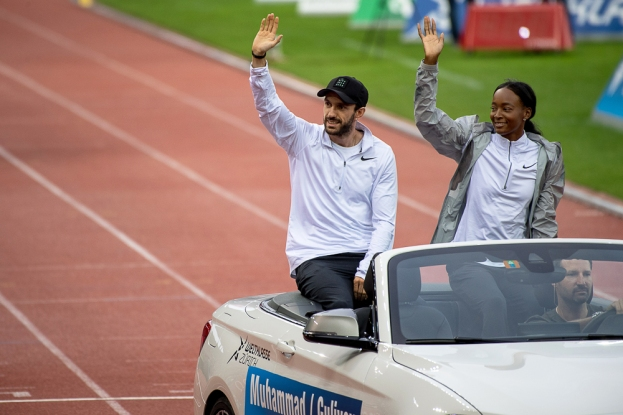 De son statut de Champion du monde et d'Europe en titre, le Turc Ramil Guliyev a également paradé en début de soirée au Letzigrund Stadion de Zürich. Il était accompagné par Dalilah Muhammad, la spécialiste américaine des 400 mètres. © leMultimedia.info / Oreste Di Cristino [Zürich]