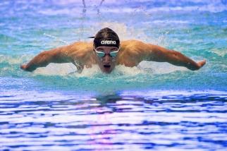 """Federico Burdisso a battu les records du meeting des 100m et 200m papillon lors du 52e Challenge International de Genève dimanche dernier à la piscine des Vernets. « 1'57[""""14] était un temps à ma portée et qui rend parfaitement l'ensemble du travail entrepris depuis le début de l'année 2019 », lâchait-il une semaine avant de disputer les épreuves à l'Euro Meet du Luxembourg ce week-end. © leMultimedia.info / Oreste Di Cristino [Genève]"""
