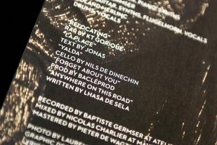 Il n'empêche qu'au-delà des quatre titres écrits et chantés en hébreu, cinq le sont pourtant également en anglais – dont notamment Anywhere On This Road, écrit par la chanteuse américano-mexicaine Lhasa de Sela. © leMultimedia.info / Oreste Di Cristino