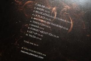 """Un opus de 10 titres: cinq en hébreu, quatre en anglais et une dernière en français – """"La Place"""" –, écrite par le rapeur Jonas. © leMultimedia.info / Oreste Di Cristino"""