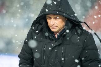 """Alain Geiger aura joué à nouveau de son """"Rumbo"""", un 4-4-2 en losange particulièrement porteur. Que bien leur fasse, à lui et au Servette FC. © leMultimedia.info / Oreste Di Cristino [Lausanne]"""