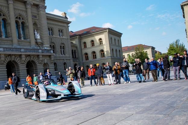 10 des 25 pilotes alignés cette saison en Formule E sont déjà passés par la Formule 1. Parmi eux, le Suisse Sébastien Buemi qui concourt en FE depuis les tout débuts de la série en décembre 2014. © leMultimedia.info / Oreste Di Cristino [Berne]