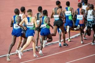 À chaque rentrée sur piste, depuis le début de son périple africain, il y a ce petit frein mental qui l'empêche encore d'exceller au niveau espéré, à ses attentes fort ambitieuses; il est, en effet, souvent apparu que l'athlète de 23 ans perde pied en fin de course à cause d'une défaillance psychologique. © leMultimedia.info / Oreste Di Cristino [Lausanne]