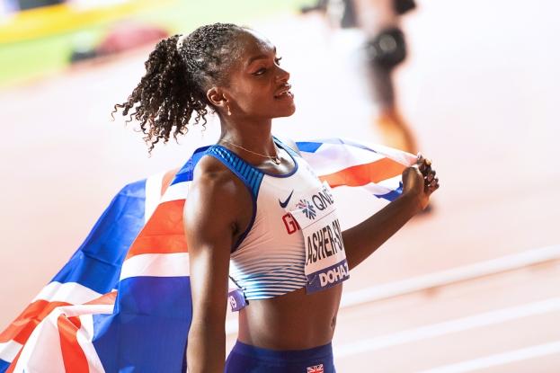 Dina Asher-Smith devient la première Britannique à remporter un titre mondial sur les 200 mètres. Elle devient, le temps d'un soir ou d'une nuit, l'egérie nationale de la réussite des femmes au plus haut niveau. « En tant que femme dans le sport, nous essayons sans cesse de dépasser les limites du possible. Et cela ne vaut pas seulement à l'échelle nationale, il n'y a qu'à voir Allyson Felix et Shelly-Ann Fraser-Pryce », toutes deux médaillées d'or à Doha également. © leMultimedia.info / Oreste Di Cristino [Doha]