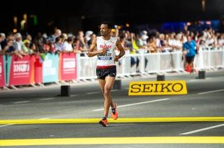 « Nous étions prêts, vraiment prêts pour ce marathon et à ce niveau-ci, je dois dire que plus les conditions étaient difficiles pour les autres, plus faciles elles l'auraient été pour moi. Je m'attendais à ce qu'il fasse plus chaud; avec le matériel que j'avais préparé, j'aurais peut-être eu plus d'opportunités. Je sais que certains coureurs qui terminent devant moi n'étaient pas aussi bien préparés à la chaleur étouffante de Doha, ce qui fait que les conditions plus douces de ce soir aient pu les avantager un peu plus, ou du moins ne pas les désavantager comme je l'aurais souhaité. » © leMultimedia.info / Oreste Di Cristino [Doha]