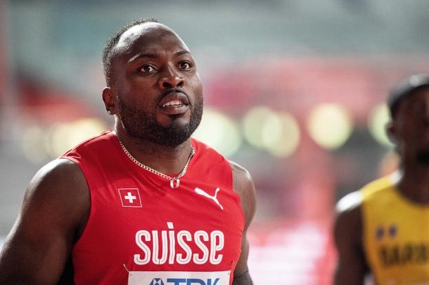 Le cas d'Alex Wilson (éliminé en séries du 100m et renonçant à sa demi-finale sur les 200m à cause d'une élongation d'un tendon extenseur du gros orteil gauche) est d'autant plus significatif de ce mal idiopathique qui a pu ronger la confiance des sprinters suisses lors des grands rendez-vous. © leMultimedia.info / Oreste Di Cristino [Doha]